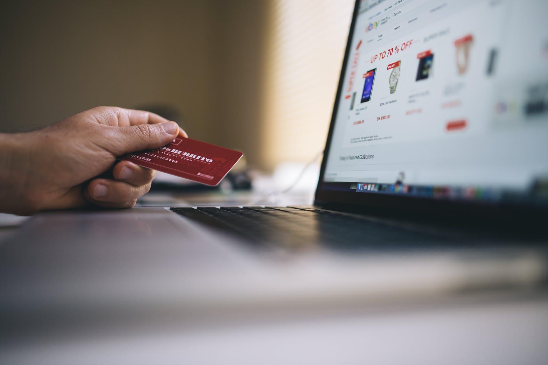 Comment éviter les arnaques lors d'un achat sur internet ?