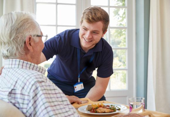 Tâches et responsabilités d'une infirmière à domicile